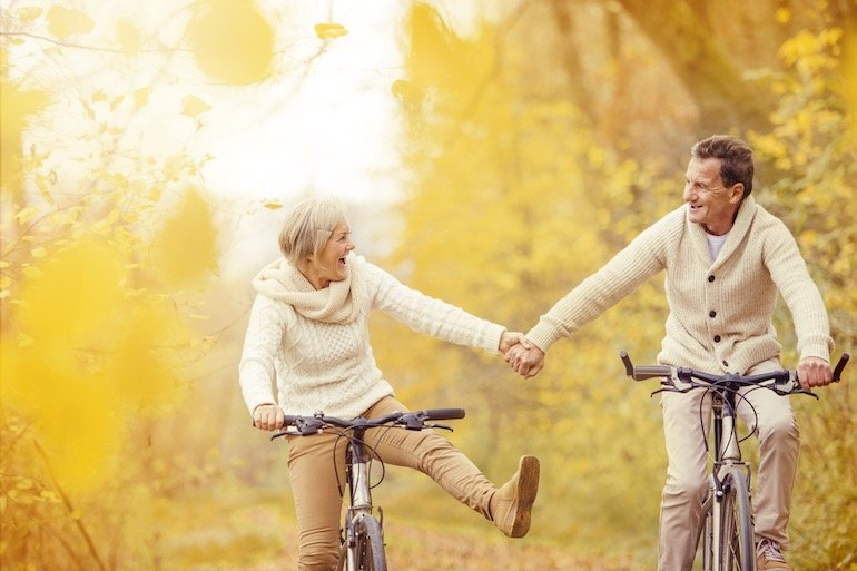 aging-couple-on-bikes